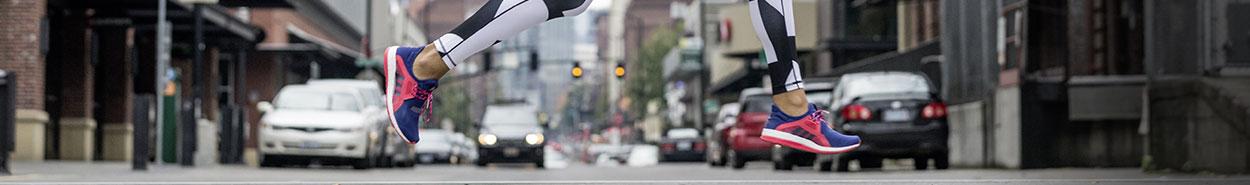 Laufschuhe von New Balance | bis 50% reduziert | Jogging Point